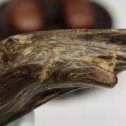 沉香知识:海南沉香中的黑油格、黄油格、水格是什么?